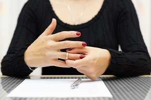 Образцы заявлений в суд о расторжении брака