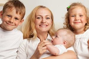 Губернаторские выплаты на третьего ребенка